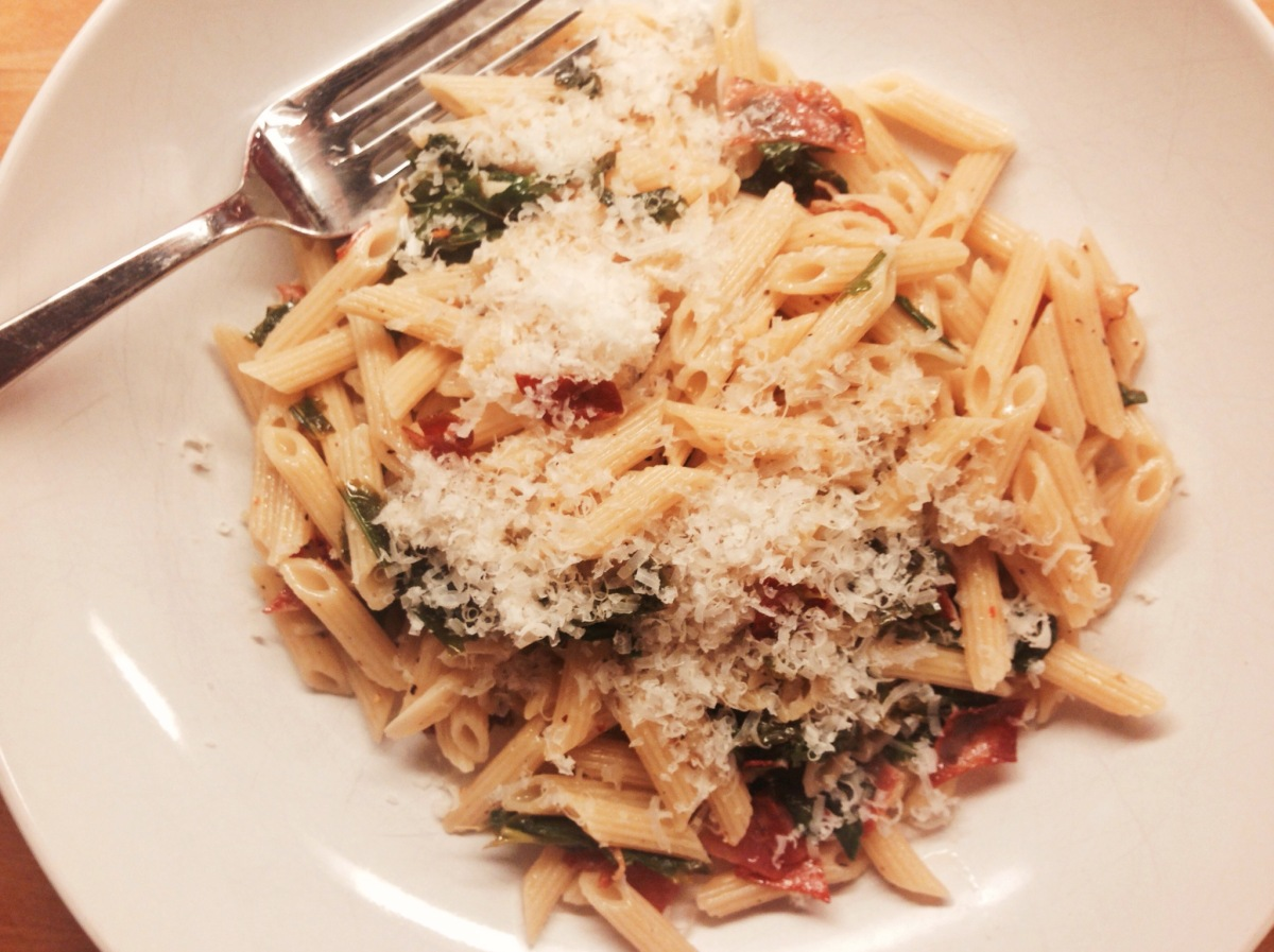 Penne with garlic, broccoli rabe and speck